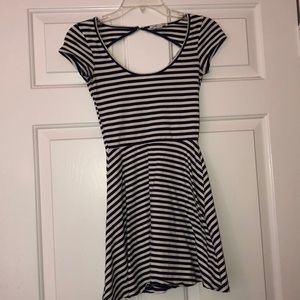 Navy/White Scoop Dress
